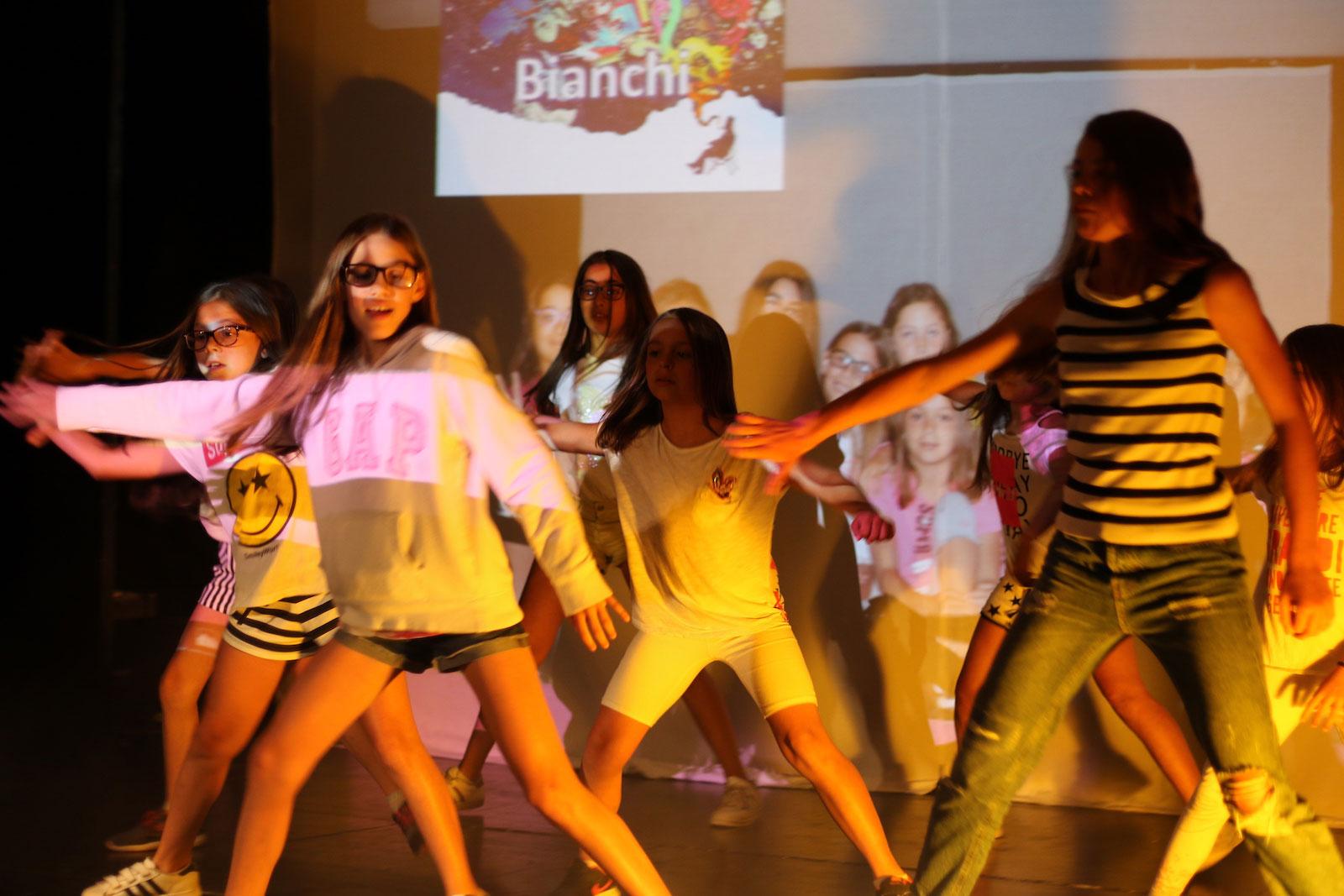 Estate-Inpsieme-2019-performance-dance-holiday-system